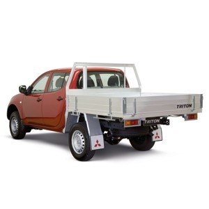 Mitsubishi 4WD GL 2.5 Diesel Double Cab Chassis Manual